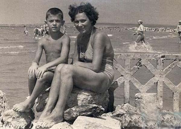 мама голая фото нудисты