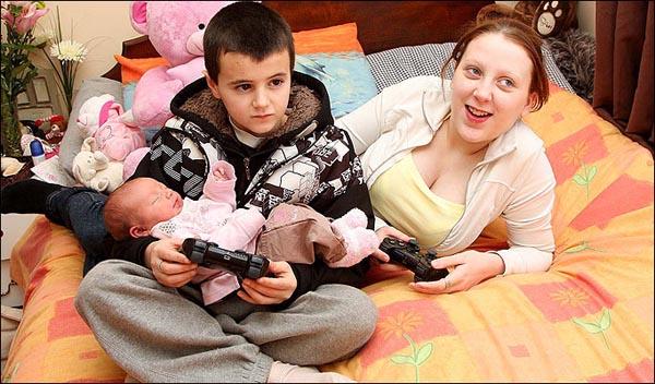 Фото самых молодых родителей